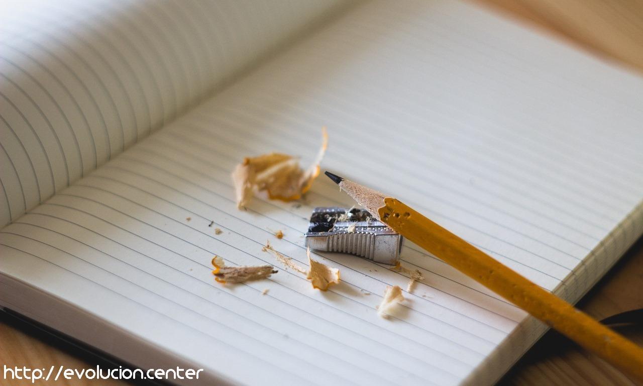 Pon la mente en el papel