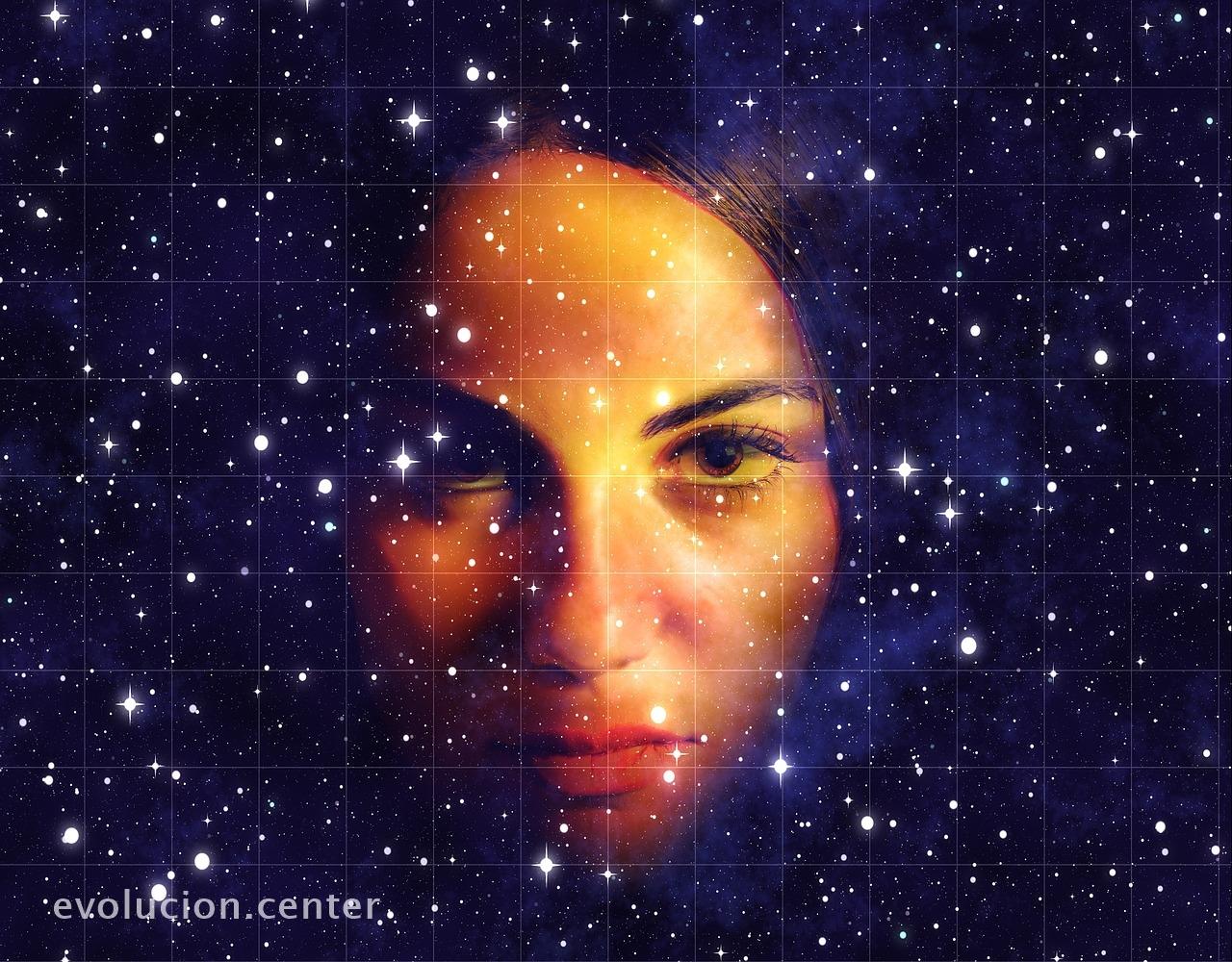 ¡Ay mujer! Estás conectada con el Universo