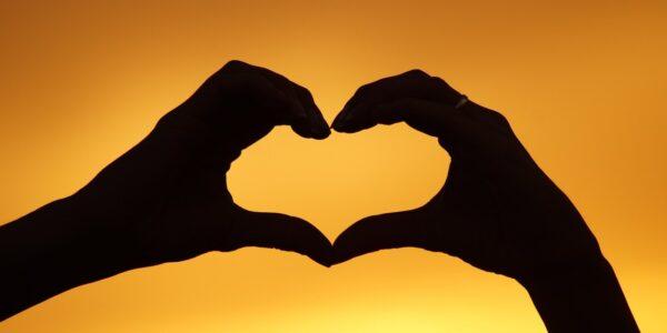 Existe una forma de Amor que es incondicional, absoluta e ilimitada.